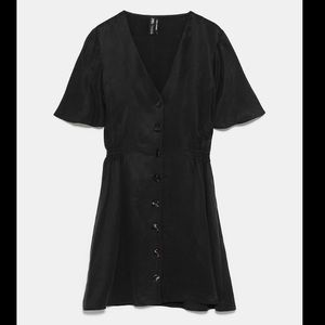 Zara Buttoned Black Dress